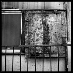Rotten (gullevek) Tags: wood old blackandwhite 6x6 window japan wall fence tokyo rust rusty   rotten ilford  iso125  ilfordfp4125  epsongtx900 bronicaectl zenzanonmc80mmf24 geo:lat=35562607 geo:lon=139689977