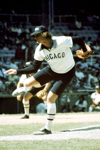 chicago white sox shorts 1976. CHICAGO - 1976: Pitcher Rich