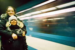 Vro & Clarisse dans le mtro           (-Antoine-) Tags: girls canada motion blur film station analog speed 35mm subway iso100 movement blurry lomo lca fuji montral metro quebec plateau montreal mtro january motionblur qubec 100 analogue veronique montroyal janvier vero 2009 tuque vronique flou clarisse mouvement boulet vro plateaumontroyal vitesse fujicolor bouge lca2 metromontroyal lomokompactautomat lomocompactautomat f1000029 antoinerouleau