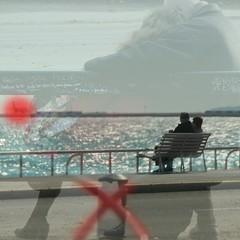 DREAM OF TRAVEL (doris stricher) Tags: nice couples artcafe bancs merméditerranée aéroportdenice proudshopper domido