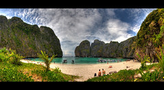 Maya bay (Wilfried.B) Tags: ocean travel sea panorama mer holiday beach nature water canon thailand island bay asia raw phi maya wide explore ko tropical asie koh 1022mm hdr krabi thailande andaman mayabay photomatix 40d wilfriedb