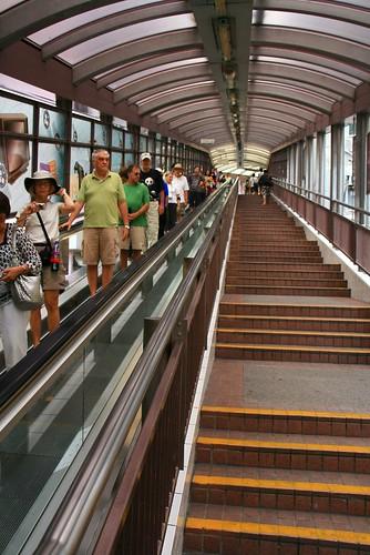 你拍攝的 中環 Central 半山手扶梯。