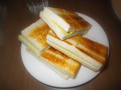 加央牛油燒麵包