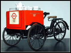 London transport Tea Tricycle 1936.   BY517 Raleigh Box Tricycle. (Ledlon89) Tags: coffee tea tricycle merton refreshments londontransport londonbuses