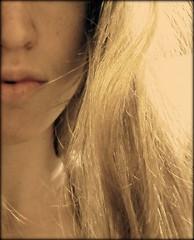La ina escoba (barbura) Tags: light portrait woman selfportrait color luz argentina girl face closeup mouth hair nose mujer buenosaires soft chica perfil retrato pastel cara profile lips blonde rubia labios provincia autorretrato boca tone province suave rostro pelo nariz cabello tono muchacha primerplano acercamiento lanus barbura pintandomandalas