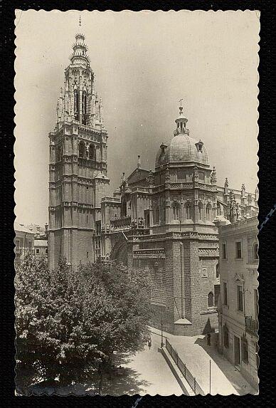 Catedral de Toledo y Edificio de la Audiencia hacia 1935