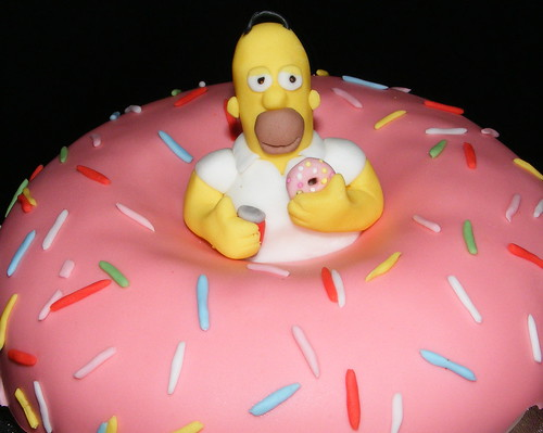 Simpsons Doh-nut cake