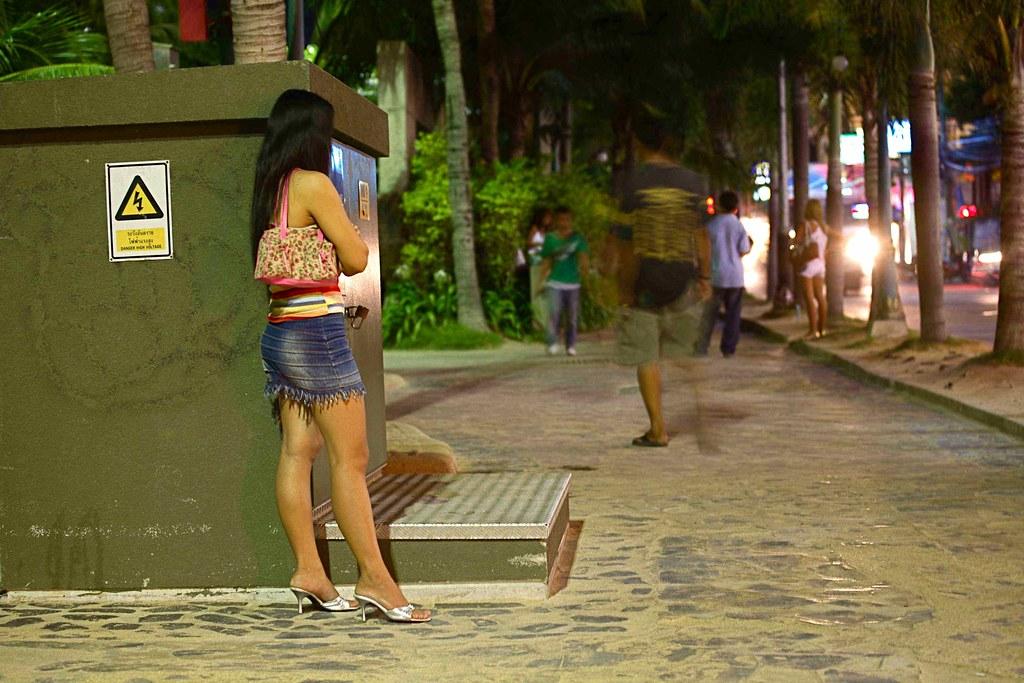 crossdresser sex meet thai girls