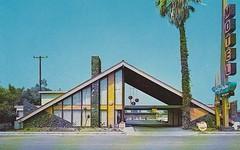 Sky Palm Motel postcard Orange CA (hmdavid) Tags: orange vintage disneyland postcard motel 1950s 1960s southerncalifornia orangecounty knottsberryfarm midcentury skypalm