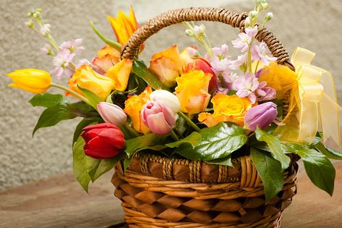 cos cu flori - flowers basket