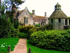 The Dovecote at Nymans (again) (UGArdener) Tags: england english sussex
