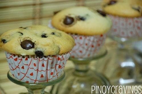 Simple Chocolate Chip Muffins Recipe