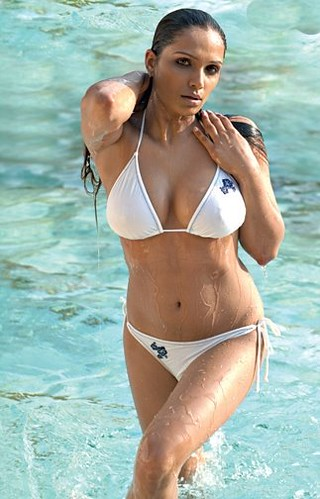Naina Dhaliwal bikini photo