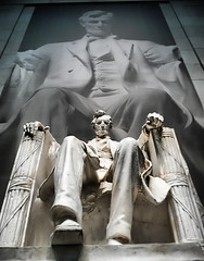 President Lincoln (` Toshio ') Tags: sculpture west art museum architecture washingtondc dc washington districtofcolumbia gallery artistic district interior columbia capitol lincoln lincolnmemorial abrahamlincoln nationalgalleryofart minature presidentlincoln toshio danielchesterfrench 200thbirthday ysplix