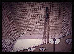 La Dfense - Paris 1998 (Boby Pirovics) Tags: paris france architecture ladfense boby minoltamaxxum300si theunforgettablepictures hpscanjetg4050 dphdr minoltaamount pirovics maxxum300si bobypirovics