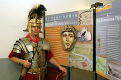 Romeinse soldaat bij de tentoonstelling 'De Ro...