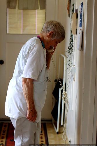 grandma joan on her kitchen phone - _MG_1381
