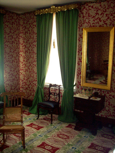 Mary Todd Lincoln's Sewing Table