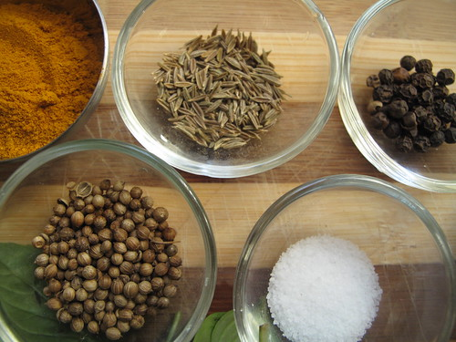 Spices for the curry paste