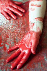 Les mains sales-11 (metatong) Tags: red color painting rouge blood hands acrylic hand main peinture murder sang mains murderer acrylique d300 redpaint meurtre meurtrier peinturerouge