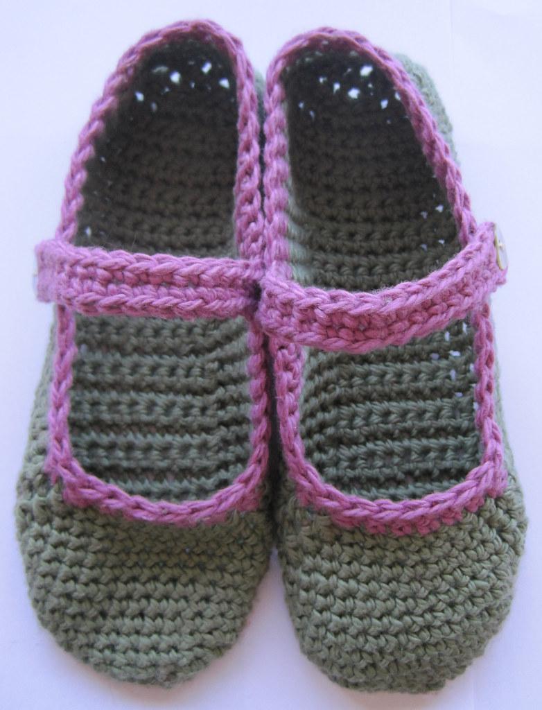 Free Pattern For Crochet Elf Slippers Easy Crochet Patterns