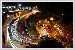 S彎夜曝(S-type curve night scenes) (nans0410(busy)) Tags: nikon curve 中和 nightscenes 烘爐地 stype 台北縣 d90 土地公廟 s彎夜曝 耍尾 車軌燈 撇輪