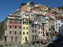 Cinque Terre Riomaggiore 7 (luco*) Tags: houses italy italia village maisons liguria images terre getty italie cinque riomaggiore flickraward flickraward5