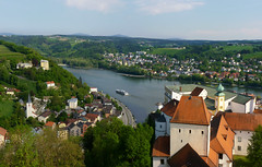 Veste Oberhaus at the junction of three rivers (Bn) Tags: passau vesteoberhaus oberhaus fortress germany bavaria duitsland danube ilz inn three rivers dreiflssestadt napoleon museum cityofthreerivers anno1219 bishop bundesautobahn3 beieren bayern lowerbavaria romancolony donau towerofthevesteoberhaus best viewpoint altstadt geotagged geo:lon=13470382 geo:lat=48578358 river boat cruise rivercruise 50faves topf50
