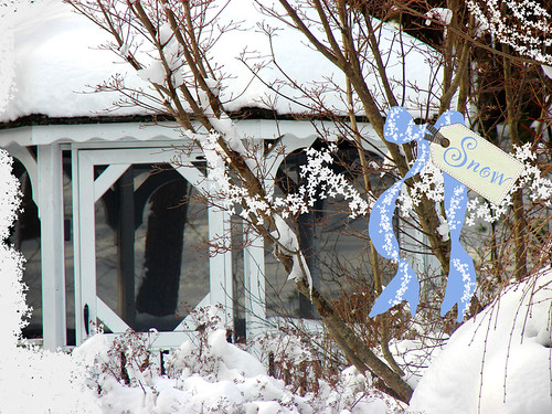 gazebo-snow-sign