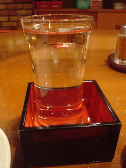 20051016_日本玩第二天_066_新宿_天狗居酒屋_Sake