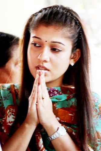 Nayanthara Thulabaram Stills,Nayanthara Thulabaram Images,Nayanthara Thulabaram Photo Gallery