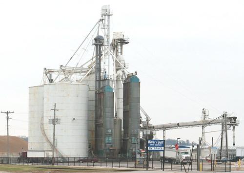 river gulf grain company