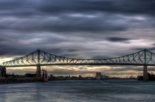 Jacques-Cartier bridge in Montreal on a cloudy evening before the fireworks (HDR)