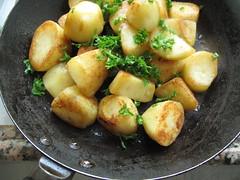 Parsley in pan