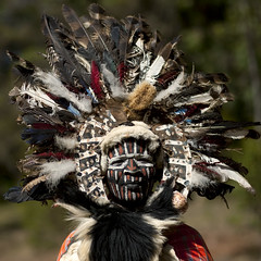Kikuyu warrior with a huge feathered headdress - Kenya (Eric Lafforgue) Tags: africa portrait people man kenya culture makeup tribal tribes warrior afrika tradition tribe ethnic kenia maquillage tribo homme headdress kikuyu afrique headwear ethnology headgear tribu eastafrica rift qunia 8367 lafforgue ethnie  qunia    kea   froka  a