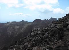 Sur la crête de Compolelli après Punta di Compolelli et vue vers Bitalza et Capellucciu/Capellu
