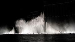 Bellagio-fountains-8
