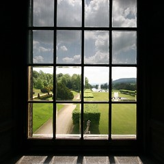 Looking out (Heaven`s Gate (John)) Tags: england house art home window glass silhouette architecture garden scenery view interior derbyshire chatsworthhouse stately lookingout dukeofdevonshire 10faves johndalkin heavensgatejohn flickraward dinneratchatsworth