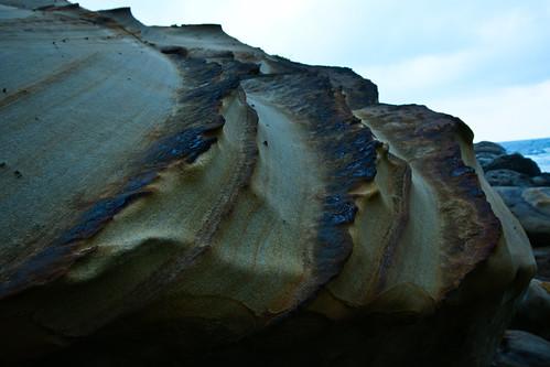 奇岩。三刀鋒