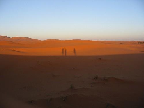 Hey, wie loopt er daar in de woestijn?