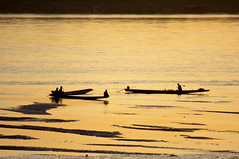 GOLDEN MEKONG (fabiogis50 disgusted but back!!!) Tags: trip travel sunset river gold golden boat fisherman searchthebest chapeau laos soe mekong vientiane theoldport anawesomeshot amomentarylapseofreason artandphotography citrit goldsealofquality goldenart bestofthbest absolutegoldenmasterpiece imagesforthelittleprince magicunicornverybest latobet theadmirergroup mygearandmepremium mygearandmebronze mygearandmesilver mygearandmegold mygearandmeplatinum mygearandmediamond mygearandmeplatinium