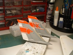 DSCF0020.JPG (chrispricecreative) Tags: airplane fighter f14 aircraft models jet plastic jetfighter 132 tomcat wolfpack grumman fighterplane militaryaircraft plasticmodel revell vf1 f14a 132f14atomat modelbuild platicmodels