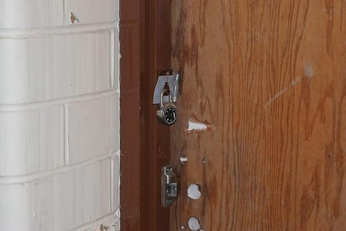 lockdoor1