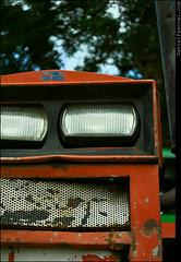 Bad Tractor (Daniel Pascoal) Tags: tractor bad headlights sjc farol mau saojosedoscampos trator parquedacidade agrale danielpg danielpascoal