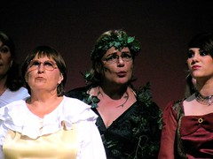 Linda Green (center) as Cinderellas mother