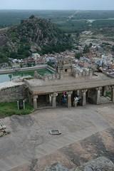 Vue depuis la colline (momita75) Tags: inde sravanabelgola