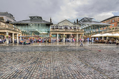Covent Garden Market (Matt @ M.N.D Photography) Tags: people music london wet water rain digital canon photography eos market seats handheld coventgarden cobbles tamron hdr lanscapes cs4 photomatix 1118mm 1xp handheldhdr tophdr 450d hdraddicted thebestofhdr thelondontransportmuseum hardcorehighdinamicrange hdrdreams