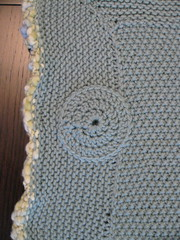 Baby blanket with crochet circles