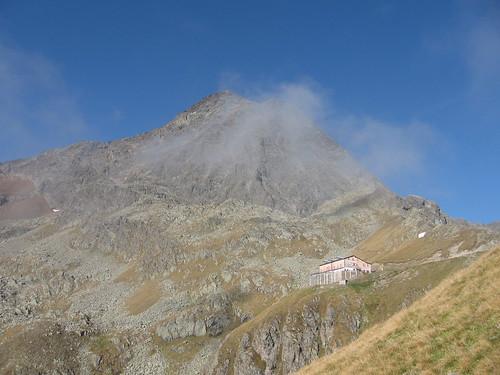 Innsbrucker Hütte und Habicht