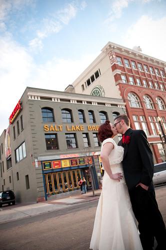 A Real Hi Fi Wedding Lucas Amp Heather S Lofty Rockabilly